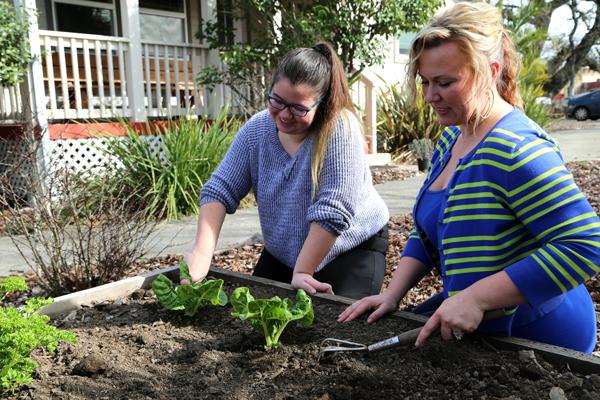 kailey-calla-gardening